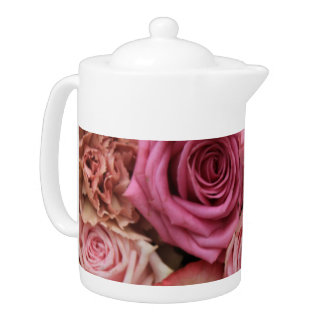 Mixed pink roses by Therosegarden Teapot
