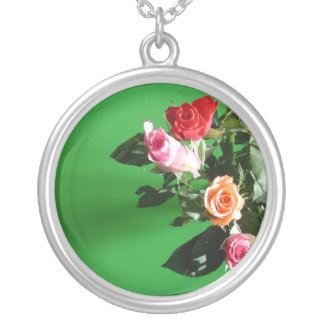 Mixed Roses Necklace