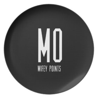 Mo Wifey Points Gear Dinner Plate