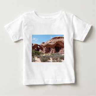 moab arches tees