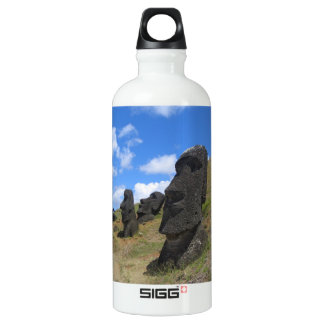Moai en la isla de pascua