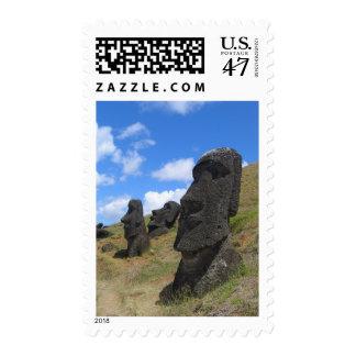Moai en la isla de pascua sellos
