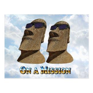 Moai en una misión 2 - productos de Mult Tarjeta Postal