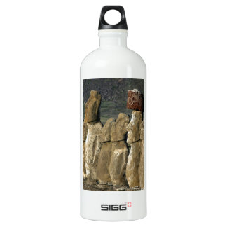 Moai statues of Ahu Tongariki on Rapa Nui Island SIGG Traveler 1.0L Water Bottle
