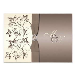 Moca e invitación floral de marfil del monograma