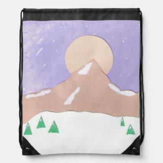 Mochila del lazo con escena de la montaña de la
