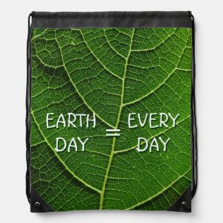 Mochila verde de Eco del Día de la Tierra de la ho