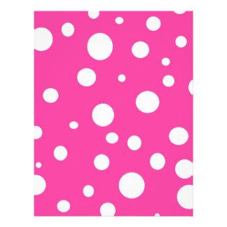 """Moda adaptable de los lunares blancos rosados de w folleto 8.5"""" x 11"""""""