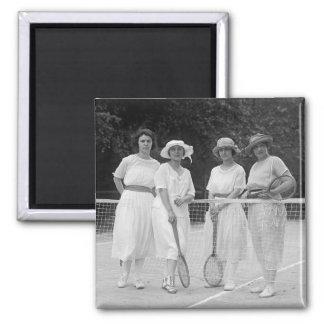 moda del tenis de los años 20 imán cuadrado