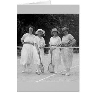 moda del tenis de los años 20 tarjetón