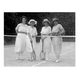 moda del tenis de los años 20 postal