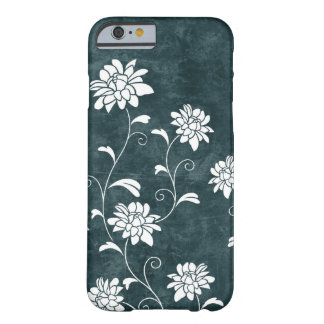 Moda femenina de las flores azules y blancas del funda de iPhone 6 barely there