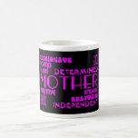 Moda femenina moderna y mamáes y madres elegantes tazas de café