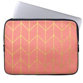 Moda moderna del fondo rosado coralino de Chevron Mangas Portátiles