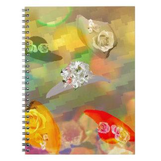 Moda y gorras con las flores libro de apuntes con espiral