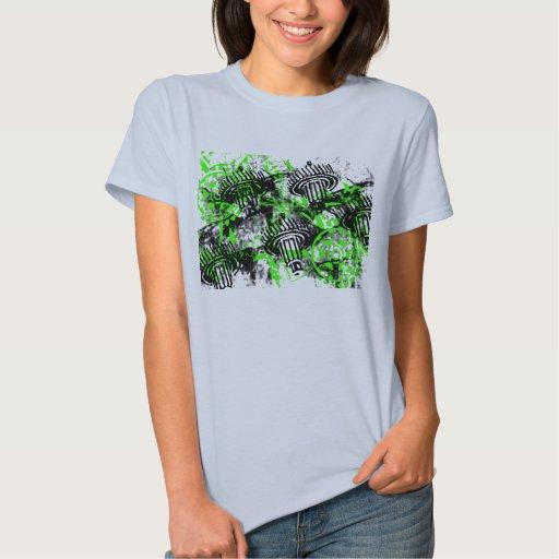 Modelo 66 del Grunge Tshirt