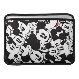 Modelo 6 de Mickey Funda MacBook