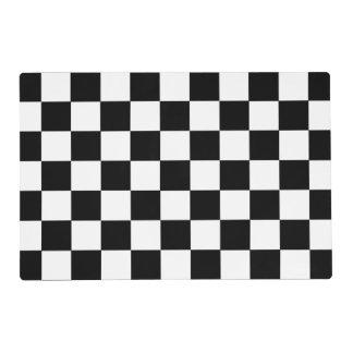 Modelo a cuadros blanco y negro del tablero de tapete individual