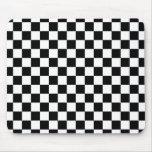 Modelo a cuadros blanco y negro tapete de ratón