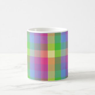 Modelo a cuadros del arco iris taza