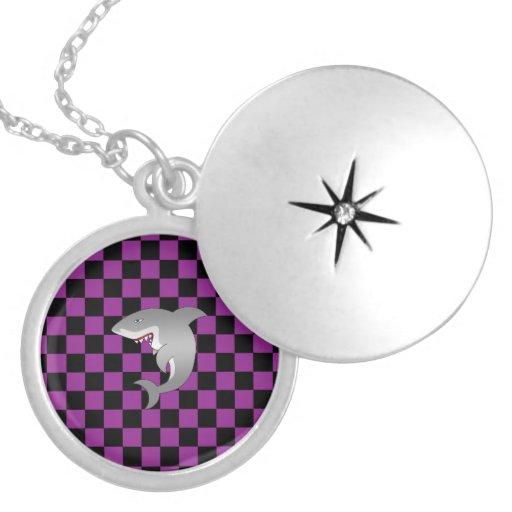 Modelo a cuadros en purple.png collares
