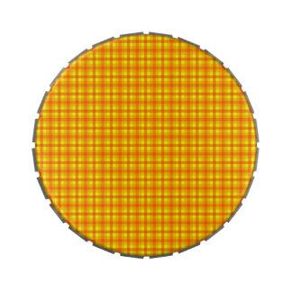 Modelo a cuadros retro amarillo-naranja y rojo