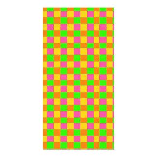 Modelo a cuadros verde rosado de neón abstracto tarjeta con foto personalizada