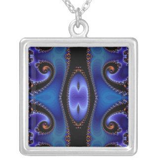 Modelo abstracto azul collar