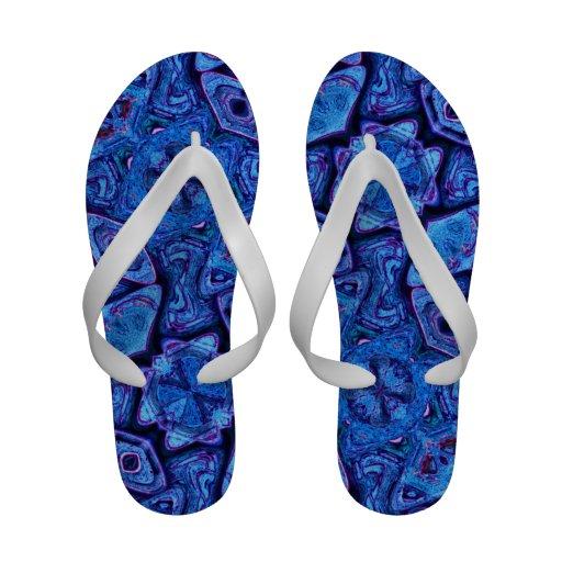 Modelo abstracto azul sandalias de playa