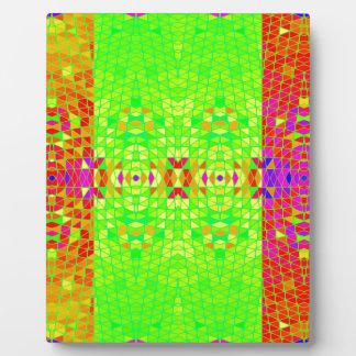Modelo abstracto colorido: placa de madera