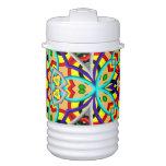 Modelo abstracto decorativo colorido enfriador de bebida igloo