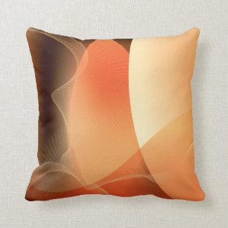 Modelo abstracto del naranja y de Brown Cojín Decorativo