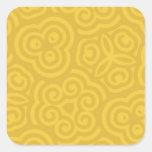 Modelo abstracto del oro pegatina cuadrada