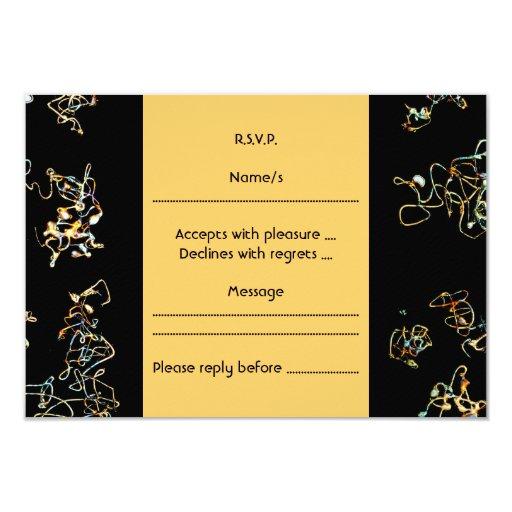Modelo abstracto en negro y color del oro comunicados personales