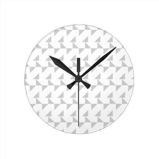 Modelo abstracto geométrico gris claro y blanco reloj