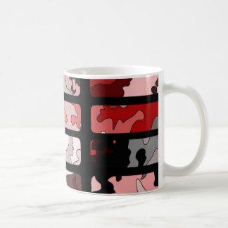 Modelo abstracto hecho de camuflaje en tonalidad taza de café