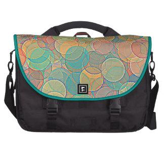 Modelo abstracto multicolor retro de los círculos bolsas de ordenador