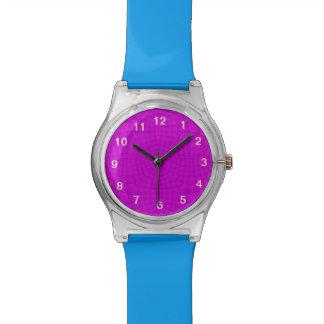 Modelo abstracto púrpura relojes