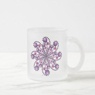 Modelo abstracto redondo en rosa y púrpura taza de café esmerilada