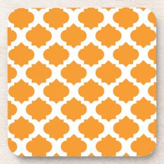 Modelo adornado anaranjado posavasos de bebida
