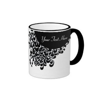 Modelo adornado blanco y negro con clase taza de dos colores