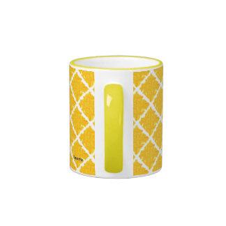 Modelo amarillo/anaranjado del teñido anudado taza a dos colores
