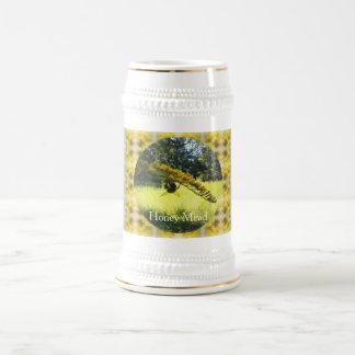 Modelo amarillo botánico amarillo oscuro de la jarra de cerveza
