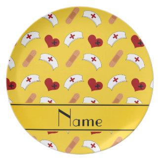 Modelo amarillo conocido personalizado de la platos para fiestas
