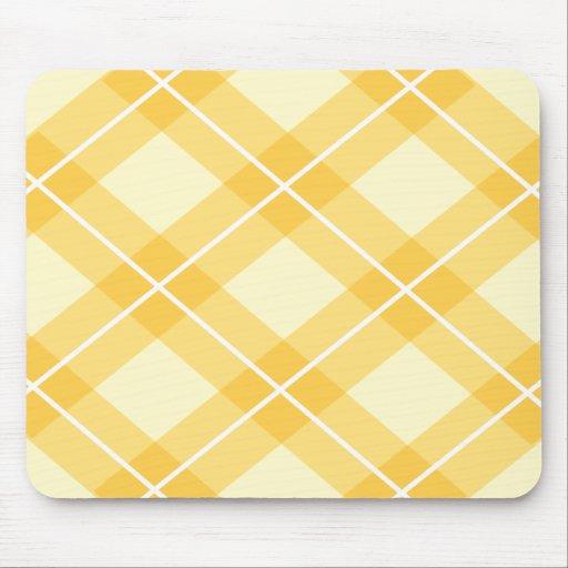 Modelo amarillo de Argyle Alfombrillas De Ratones