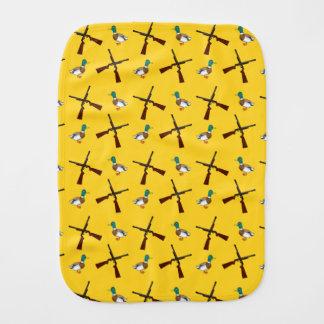 Modelo amarillo de la caza del pato paños de bebé