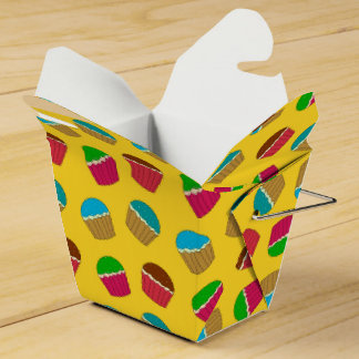 Modelo amarillo de la magdalena cajas para regalos de boda