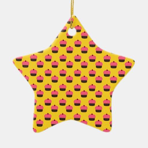 Modelo amarillo de la magdalena adorno de cerámica en forma de estrella