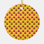 Modelo amarillo de la magdalena ornamentos de reyes