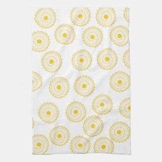 Modelo amarillo de la magdalena toallas de mano